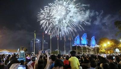 7 địa điểm ngắm pháo hoa đẹp nhất TP HCM dịp Tết Dương lịch 2021