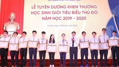 Hà Nội: Khen thưởng 509 học sinh giỏi tiêu biểu Thủ đô