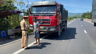 Phú Yên: Xử phạt hơn 4.000 phương tiện vi phạm giao thông sau 1 tháng ra quân