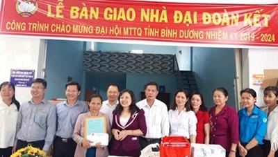 Bình Dương: Hỗ trợ xây mới 90 căn nhà Đại đoàn kết