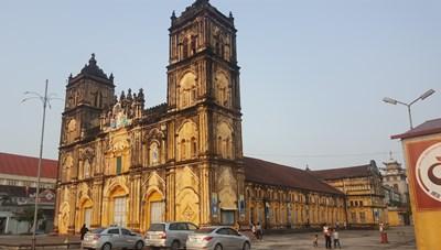 Nam Định: Hạ giải nhà thờ chính tòa Bùi Chu