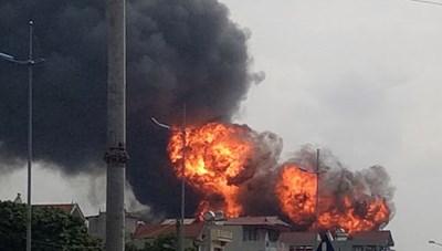 Vụ cháy kho hóa chất ở Long Biên: Chưa phát hiện ô nhiễm môi trường ảnh hưởng đến sức khỏe người dân
