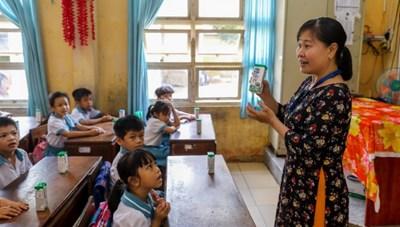Sữa học đường giảm bớt gánh lo cho phụ huynh giữa mùa dịch