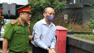 Hôm nay, các bị cáo trong vụ gang thép Thái Nguyên hầu toà