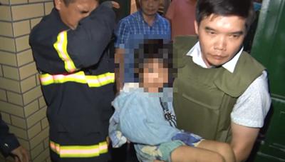 Bắc Ninh: Giải cứu bé gái bị bố đẻ bạo hành nhiều ngày
