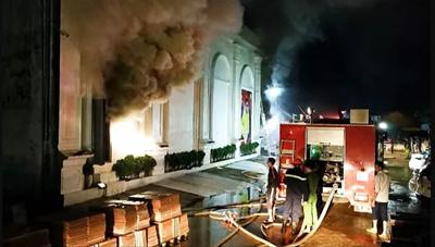 Ba cô gái trẻ tử vong do ngạt khí trong vụ cháy quán bar ở Vĩnh phúc