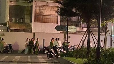 Người đàn ông ngoại quốc tử vong nghi rơi từ chung cư Botanica Premier