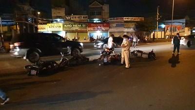 Tài xế ô tô tông hàng loạt xe máy đang chờ đèn đỏ ở TP HCM ra trình diện