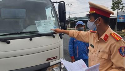 Lái xe và phụ xe ra vào địa bàn tỉnh Bạc Liêu không được cách ly tại nhà