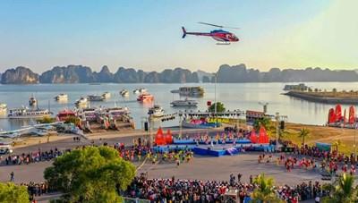 Biển người đổ về Carnaval mùa đông Hạ Long