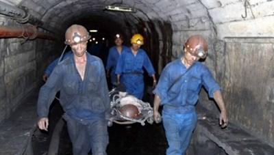 Quảng Ninh: Thêm một công nhân mỏ Khe Chàm tử vong do đá rơi