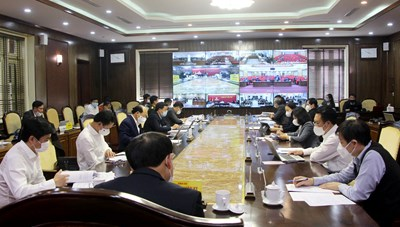 Quảng Ninh: Xem xét mua vắc xin phòng Covid-19  tốt nhất cho người dân