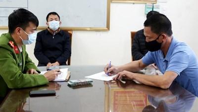 Quảng Ninh: Xử phạt 5 đối tượng trốn chốt kiểm soát Covid-19