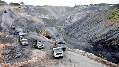 Công an Quảng Ninh phá đường dây khai thác than lậu, thu giữ 100.000 tấn than