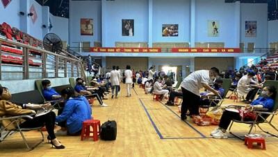 Quảng Ninh: Hơn 200 cán bộ, Đoàn viên thanh niên hiến máu tình nguyện