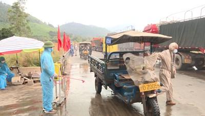 Kim ngạch xuất nhập khẩu qua cửa khẩu Hoành Mô (Quảng Ninh) đạt trên 17 triệu USD