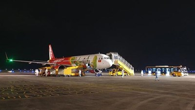 Sân bay Vân Đồn đón 2 chuyến bay đưa người Việt từ Nhật Bản về