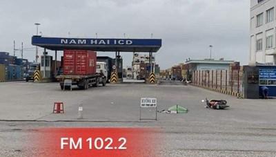 Hải Phòng: Va chạm với xe container, một người thương vong