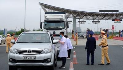 Quảng Ninh: Tạm dừng vận chuyển khách đường thủy từ ngày 8/5