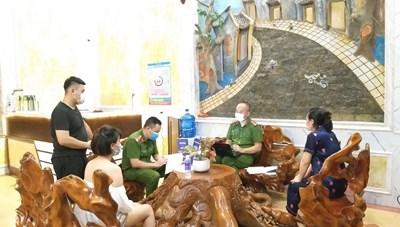 Quảng Ninh: 3 cơ sở kinh doanh lưu trú vi phạm quy định phòng, chống Covid-19