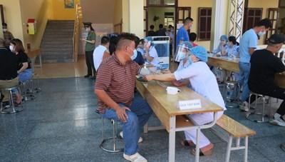 Hải Phòng: Quyết định đối tượng ưu tiên tiêm 500 nghìn liều vaccine Sinopharm