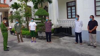 Hải Dương: Bảo vệ câu kết với người ngoài ăn trộm linh kiện của công ty