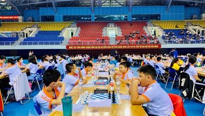 Gần 300 kỳ thủ tranh tài tại giải Vô địch Cờ vua trẻ xuất sắc toàn quốc năm 2020