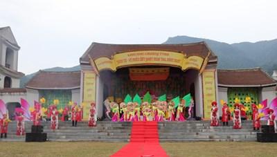 Quảng Ninh: Khai mạc chương trình Yên Tử - Về miền đất Phật mùa thu