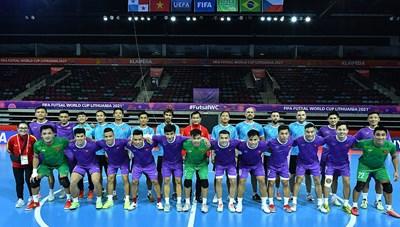 Futsal Việt Nam hưng phấn trước trận ra quân