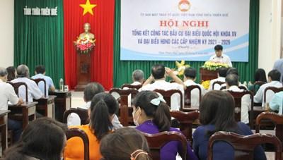 Thừa Thiên-Huế: Khen thưởng 9 tập thể và 20 cá nhân có thành tích trong công tác bầu cử