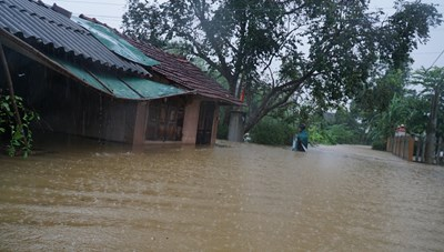 Thừa Thiên – Huế: Hơn 24.500 ngôi nhà bị ngập do mưa lũ