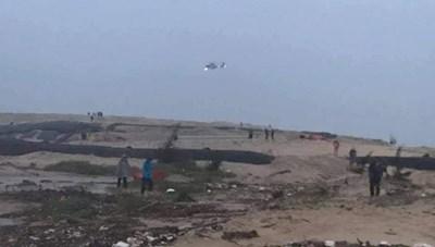 Quảng Trị: Trực thăng có mặt cứu thuyền viên gặp nạn