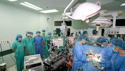 Hành trình đặc biệt của ca ghép tim xuyên Việt