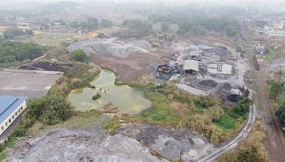 Bài 2: Kinh hoàng cả chục nghìn tấn chất thải bụi lò phơi nắng mưa giữa lòng TP Thái Nguyên