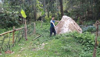 Lục Yên, Yên Bái: Dân sống thấp thỏm dưới mỏ đá núi làng Lạnh