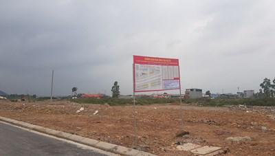 Bắc Giang: Giá đất quay đầu, 'cò đất' chấp nhận bỏ cọc tháo chạy