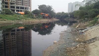 Những dòng sông 'chết' ở Thủ đô