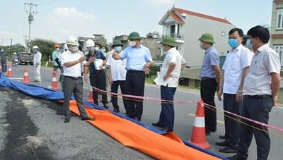 Đê hữu Hồng nứt, Phó Chủ tịch Hà Nội yêu cầu dừng thi công