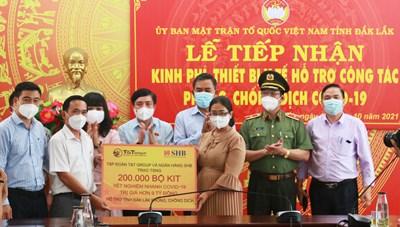 Hỗ trợ tỉnh Đắk Lắk 200.000 bộ kit xét nghiệm nhanh