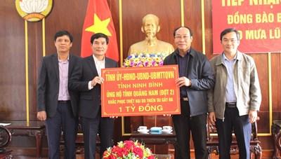 Ninh Bình ủng 1 tỷ đồng cho Quảng Nam khắc phục hậu quả thiên tai