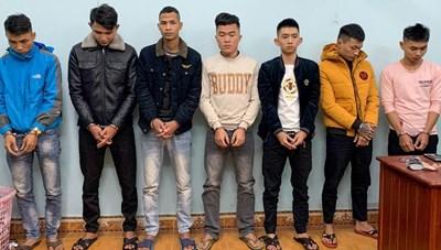 Quảng Nam: Bắt 7 đối tượng về tội đánh bạc, bắt giữ người trái pháp luật