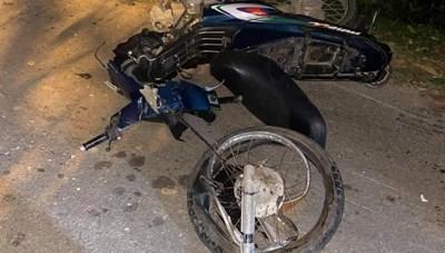 Quảng Nam: Ô tô và xe máy va chạm khiến 2 người tử vong