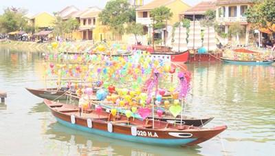 Quảng Nam: Phố cổ Hội An vắng khách du xuân đầu năm mới