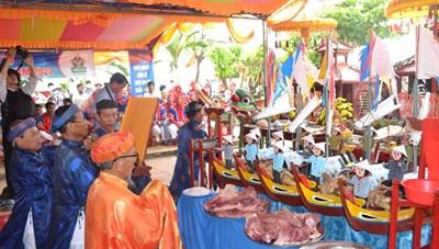 Khao lề thế lính là nghi lễ thiêng liêng tri ân Hùng binh Hoàng Sa