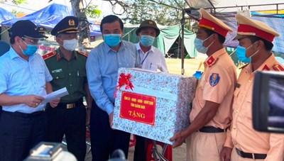 Thủ tướng Chính phủ vinh danh 3 cá nhân ở Quảng Nam xuất sắc trong chống dịch Covid-19