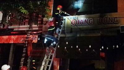 Quảng Ngãi: Cháy nhà khiến 4 người tử vong