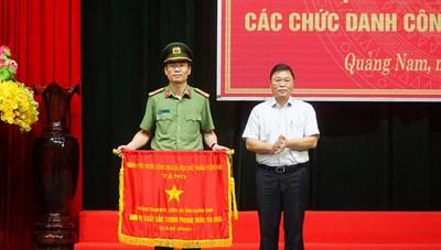 Công an Quảng Nam xông pha ra tuyến đầu chống dịch