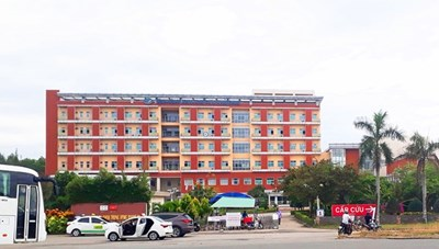 Phong tỏa 90 hộ dân ở gần BVĐK Trung ương Quảng Nam