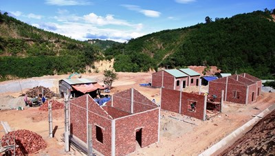 Quảng Nam: Gấp rút hoàn thiện nhà ở cho bà con vùng sạt lở