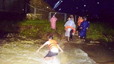 Quảng Ngãi: Thanh niên đi thả lưới bị nước cuốn trôi tử vong